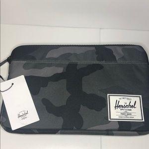 "Herschel Supply Co Anchor sleeve - 12"""